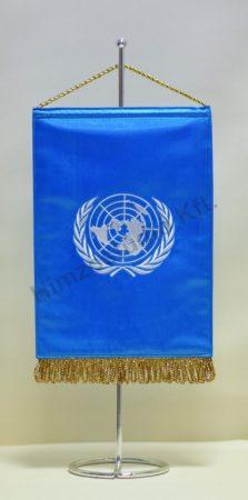 ENSZ hímzett asztali zászló